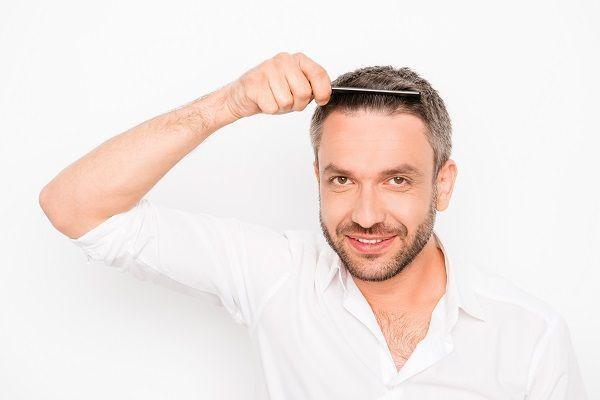 wypadanie włosów witaminy